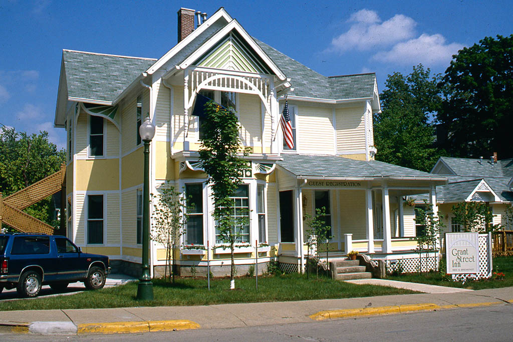 Grant Street Inn's Exterior – restored 1890's character dressed in a charming landscape.